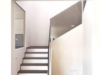 Villa a San Marino di Giulia Ciacci Architetto & Interior designer Moderno