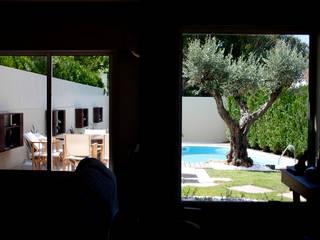 Jardim Miramar: Jardins de pedras  por SHI Studio, Sheila Moura Azevedo Interior Design
