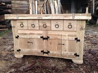 komoda drewniana: styl , w kategorii  zaprojektowany przez Meble Spod Siekiery Meble -Country