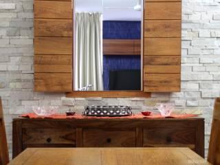 Salle à manger rustique par GREEN HAT STUDIO PVT LTD Rustique