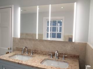 Classic Bathroom Baños de estilo clásico de DeVal Bathrooms Clásico