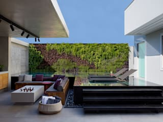 Pool by Hobjeto Arquitetura, Modern
