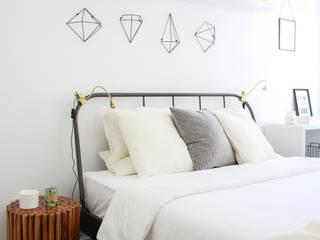 Casa de praia Rima Design QuartoMesa de cabeceira