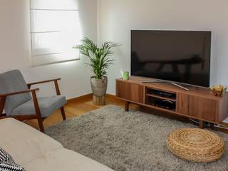 A primeira casa Rima Design Sala de estarTV e mobiliário