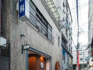 House+Clinic-TT(徳富歯科医院+住宅): 伊藤憲吾建築設計事務所が手掛けた医療機関です。