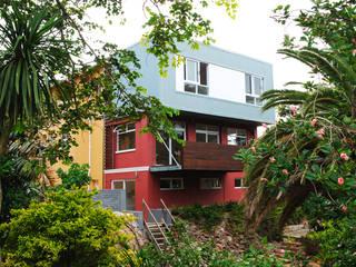 บ้านและที่อยู่อาศัย by The Matrix Urban Designers and Architects