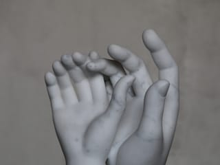 Couple Hands por Gárgula Gótica Clássico