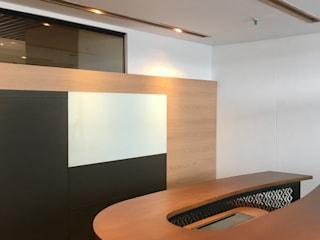 Offices & stores by Integra Proyectos