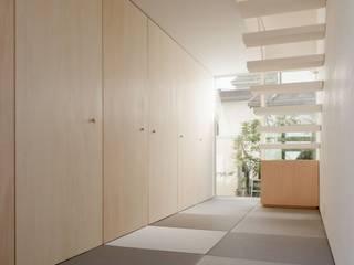小さな家 北欧スタイルの 玄関&廊下&階段 の 前田工務店 北欧