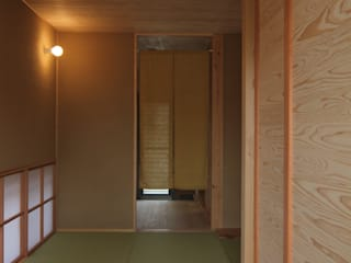 Corridor & hallway by 株式会社 山弘, Eclectic