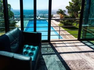 Villa a Palermo: Camera da letto in stile  di FDR architetti -francesco e danilo reale