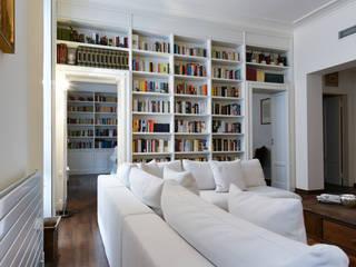 Livings de estilo clásico de CN Arredamento Design Srl Clásico