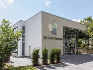 Neubau einer Praxis für Mund-, Kiefer- und Gesichtschirurgie:  Praxen von Berghaus und Michalowicz GmbH