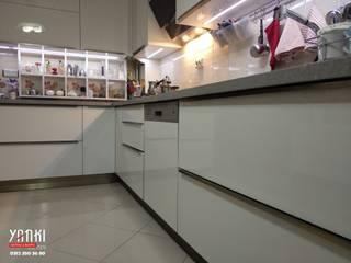 modern  by Yankı Mutfak Banyo, Modern