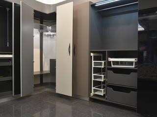 Kitchen Interior:  Kitchen by Skaav Luxury Interiors