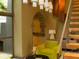 Salones industriales de Carlos Mota- Arquitetura, Interiores e Design Industrial