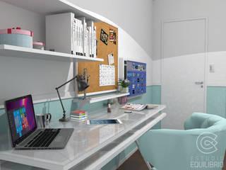 Classic style bedroom by Estudio Equilibrio Classic