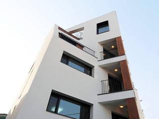 군자동 다세대주택: (주)건축사사무소 예인그룹의  계단