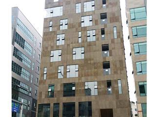 평택 메디컬빌딩: (주)건축사사무소 예인그룹의  계단