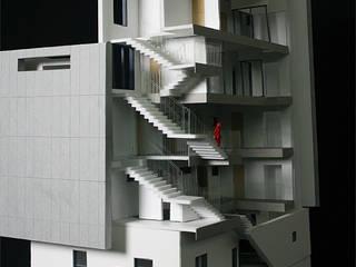 신림동 교육센터: (주)건축사사무소 예인그룹의  계단