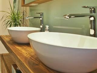 モダンスタイルの お風呂 の Einrichtungsideen モダン