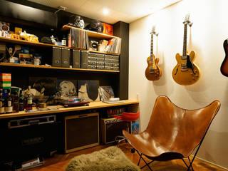 Bureau de style  par H建築スタジオ
