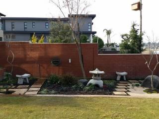BADENHORST Asian style garden by Japanese Garden Concepts Asian