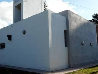 Maison individuelle de style  par muñoz bunteh arquitectos,