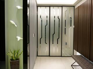 Koridor dan lorong oleh 沐築空間設計, Eklektik