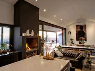 House Viljoen:  Living room by Hugo Hamity Architects