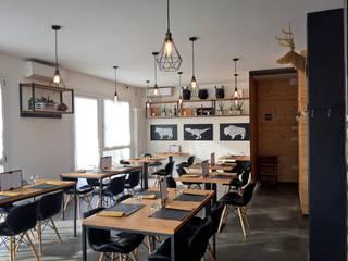 SMOKE HOUSE - Restaurant: Bar & Club in stile  di TOALDO CRISTIAN