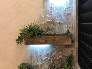 искусственный водопад в гостиной:  в . Автор – Художественная мастерская 'Оникс',