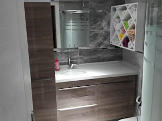 Modern Bathroom by LIA Mimarlik İcmimarlik Modern
