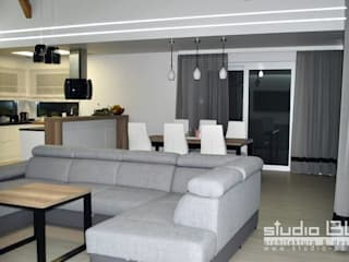 STUDIO BB ARCHITEKCI TOMASZ BRADECKI Modern living room