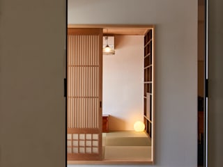 tai_tai STUDIO Rustic style study/office White