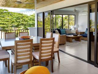 Conjunto de comedor y salon: Terrazas de estilo  por Remodelar Proyectos Integrales