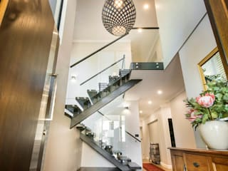 Swanbourne:  Stairs by Tailored Interiors & Architecture Ltd