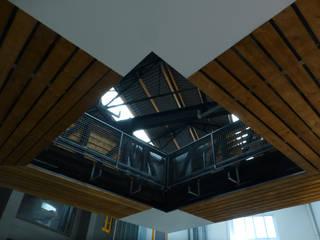 Valkyria Hub Space: Espacios comerciales de estilo  de ESTUDIO DE CREACIÓN JOSEP CANO, S.L.,