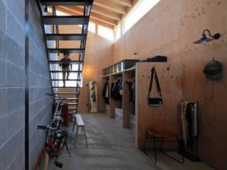 Modern Koridor, Hol & Merdivenler ㈱ライフ建築設計事務所 Modern