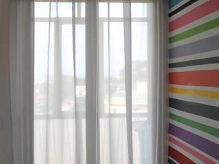 Pasillos, vestíbulos y escaleras modernos de Matafora Tessili e Dintorni Moderno