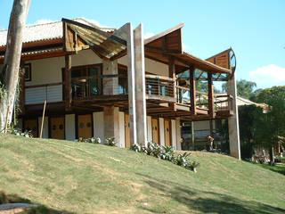 by Hérmanes Abreu Arquitetura Ltda Rustic