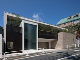 R-HOUSE 2012: 安藤貴昭建築設計事務所が手掛けた一戸建て住宅です。