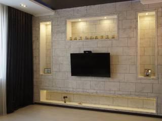 Частный дом в современном стиле для мужчины среднего возраста Гостиная в стиле минимализм от Москоу Дизайн Минимализм