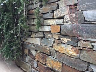 Jardines de estilo ecléctico de Amagard.com - Gartenmaterialien Ecléctico