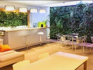 Nuevo espacio para profesionales Verdtical Ecosistemas Espacios comerciales de estilo tropical
