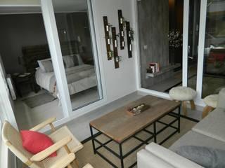 Rustic style balcony, veranda & terrace by DDO Diseño Rustic