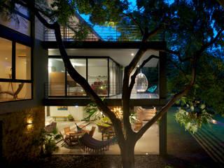 JACARANDAS HOUSE Casas modernas por Hernandez Silva Arquitectos Moderno