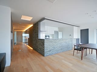Dapur Modern Oleh 大塚高史建築設計事務所 Modern
