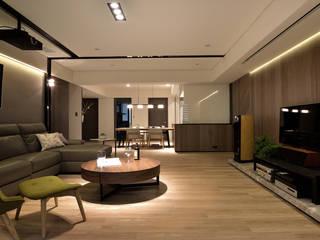 老屋翻新變身質感好宅! 现代客厅設計點子、靈感 & 圖片 根據 星葉室內裝修有限公司 現代風