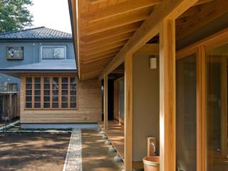 暮らしを楽しむ家: 小町建築設計事務所が手掛けた庭です。,